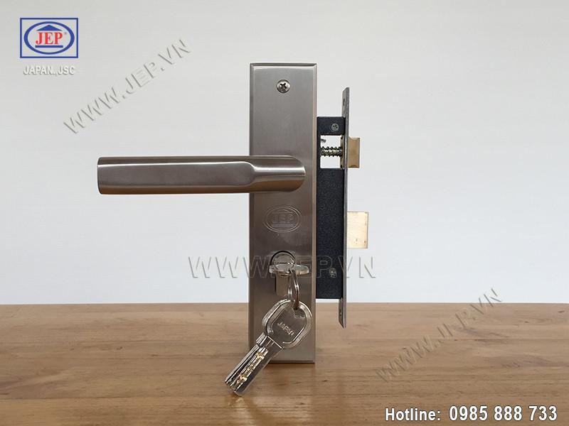 Khóa cửa gỗ thông phòng MC31