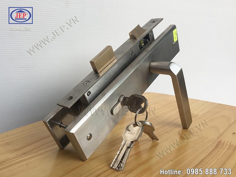 Khóa cửa tay gạt MC12 inox sus304 - ảnh 1