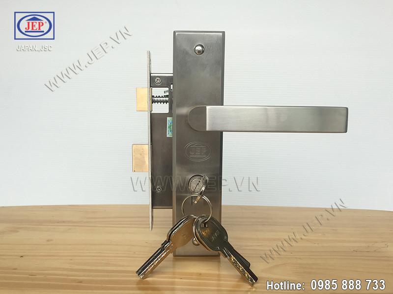 Khóa cửa tay gạt MC39 inox sus304-4
