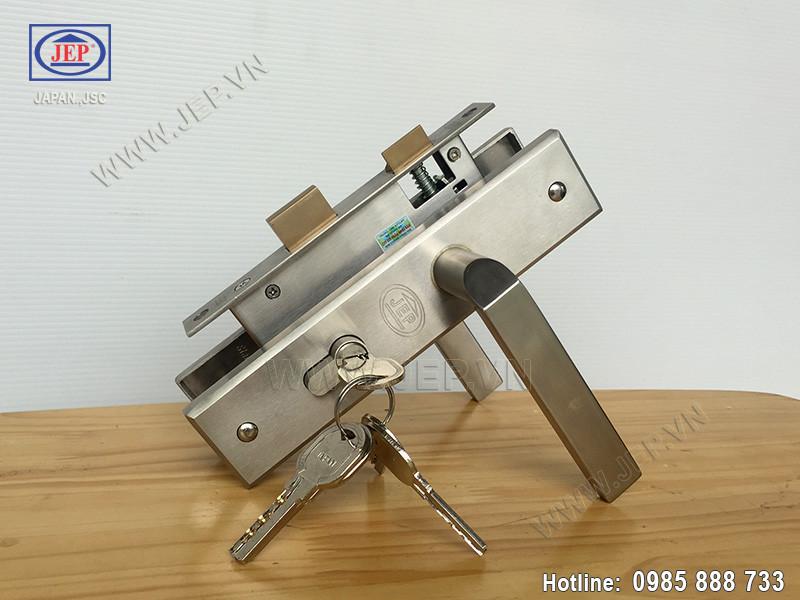 Khóa cửa tay gạt MC39 inox sus304