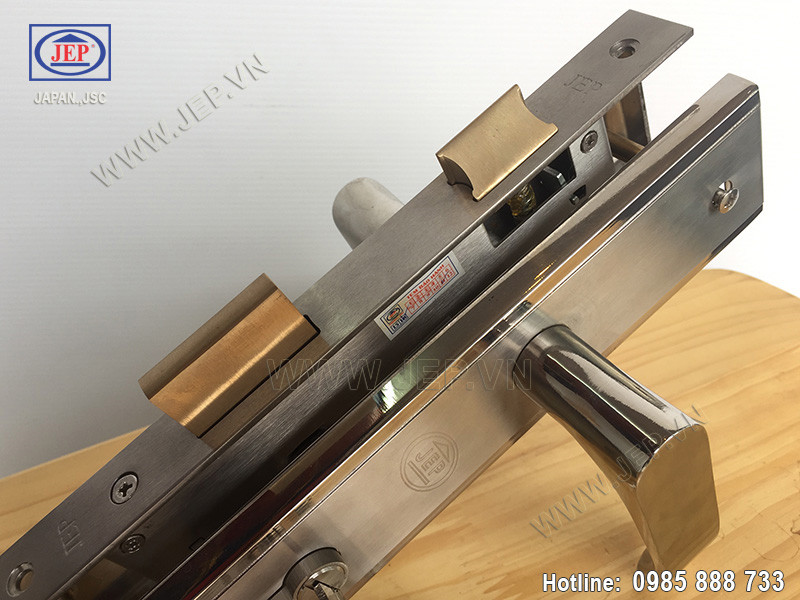 Khóa cửa tay gạt MC41 bằng inox sus304 - ảnh 2