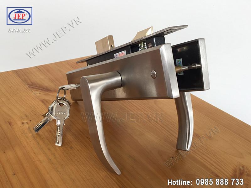 Khóa tay gạt cửa gỗ MC15 - 1