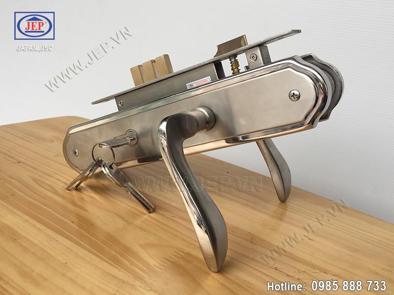 Khóa tay gạt MC8 bằng inox sus 304 thân inox - ảnh 3